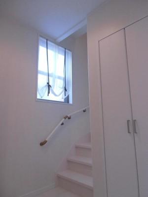 W様邸階段写真HP用